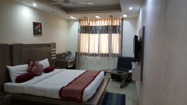 OYO 2925 Hotel Trident Inn