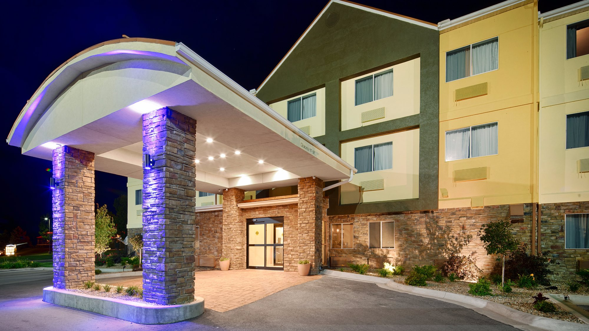 BEST WESTERN Pearl City Inn