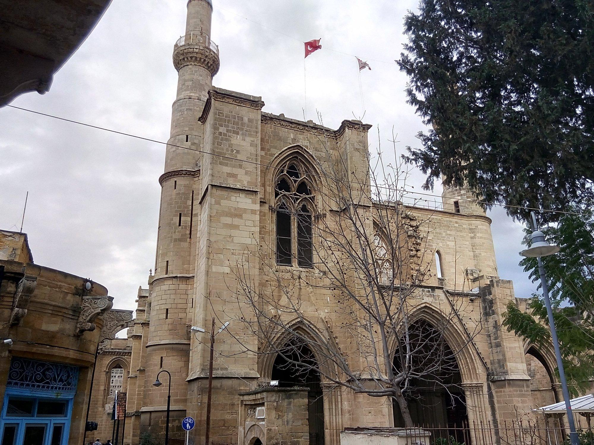 [Image: selimiye-mosque.jpg]