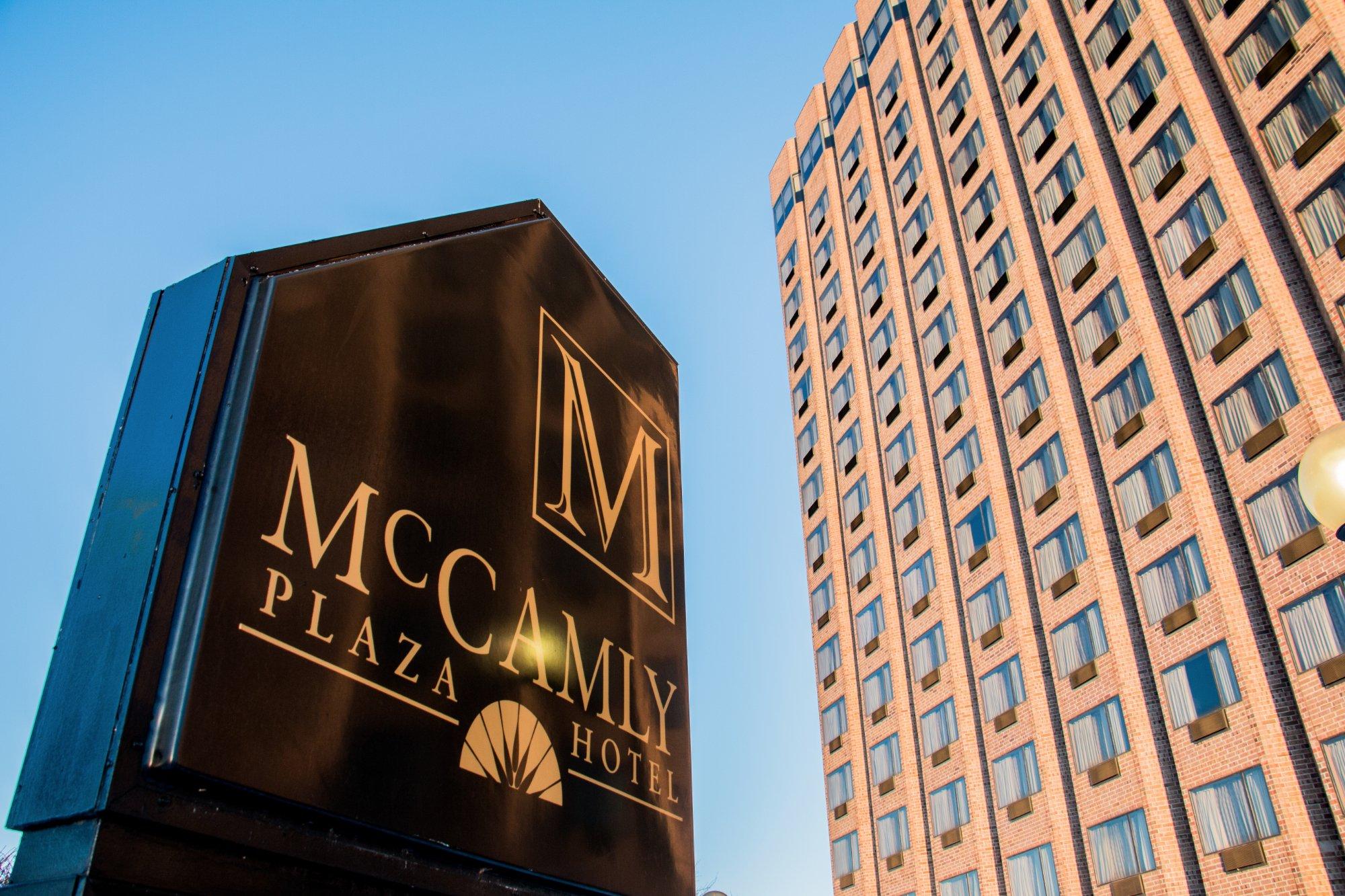 맥캠리 플라자 호텔