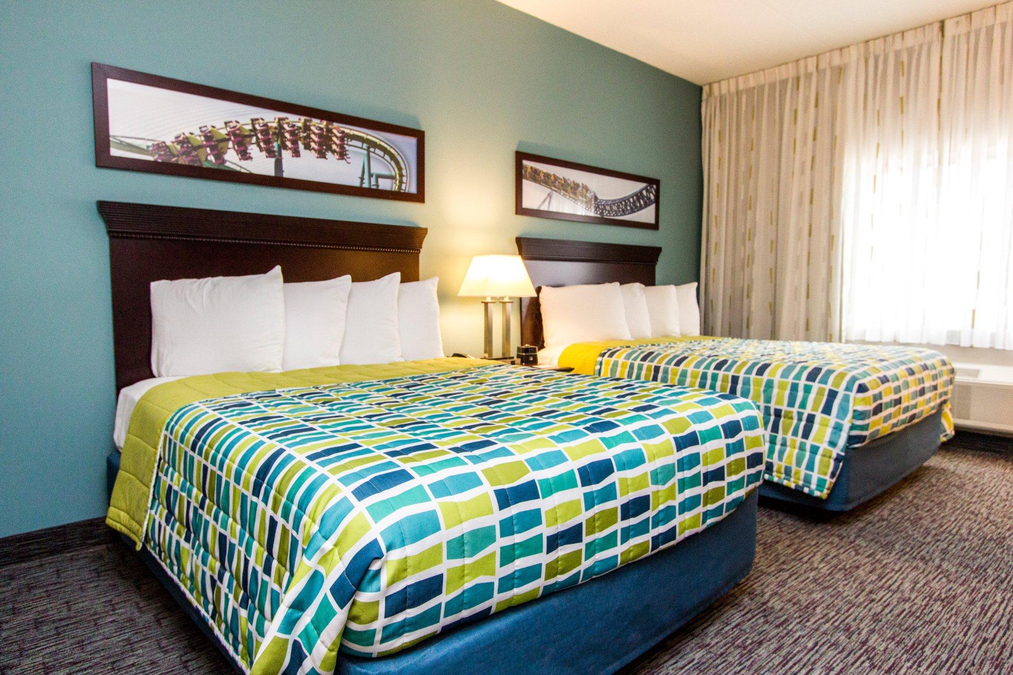 Cedar Point's Express Hotel