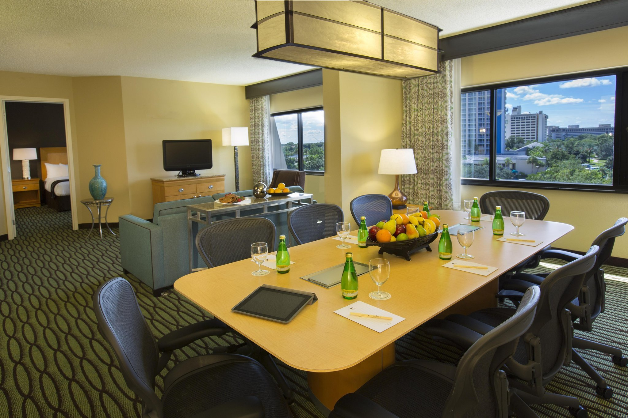 DoubleTree Suites by Hilton Orlando - Disney Springs Area