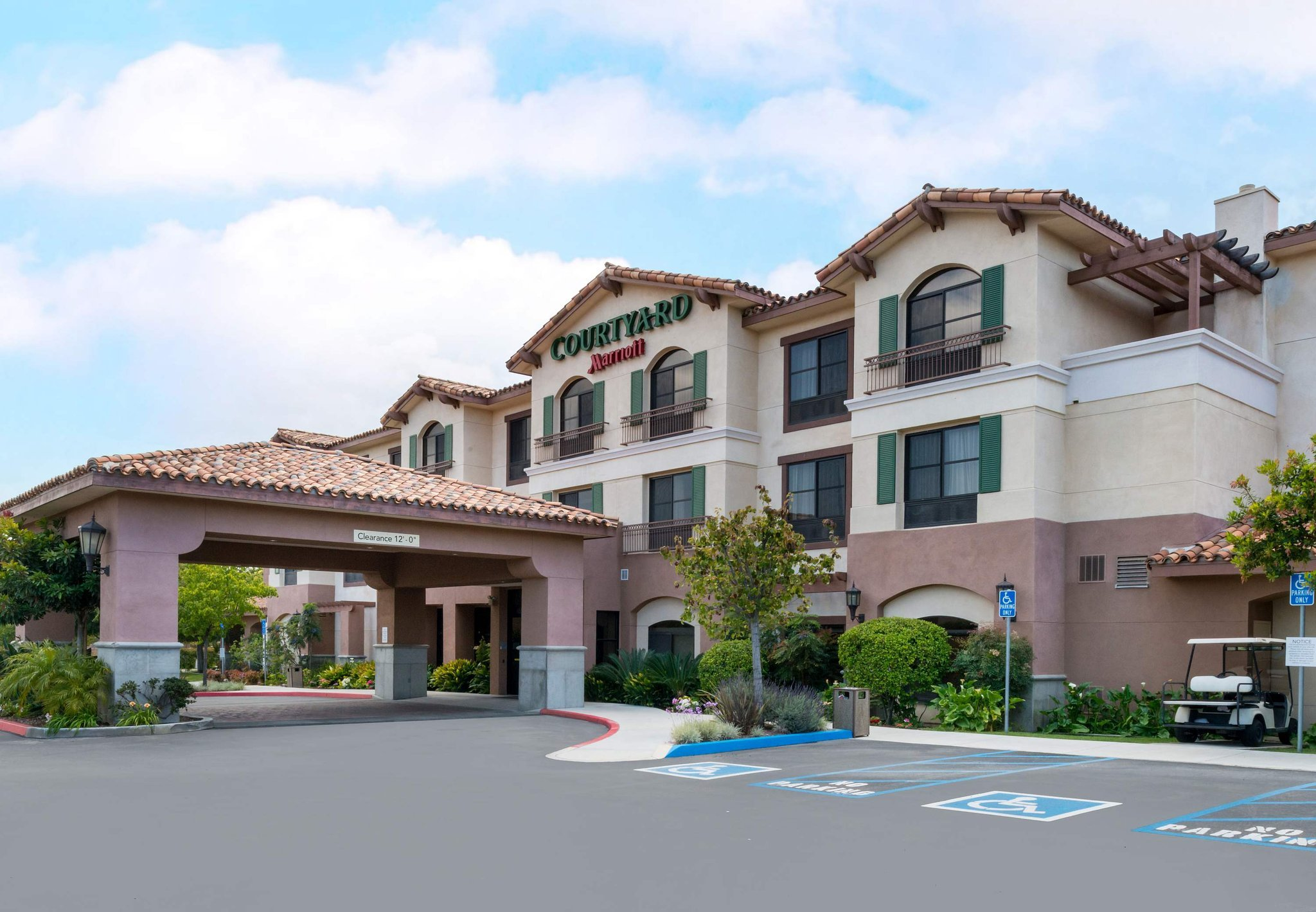 Courtyard Thousand Oaks Ventura County