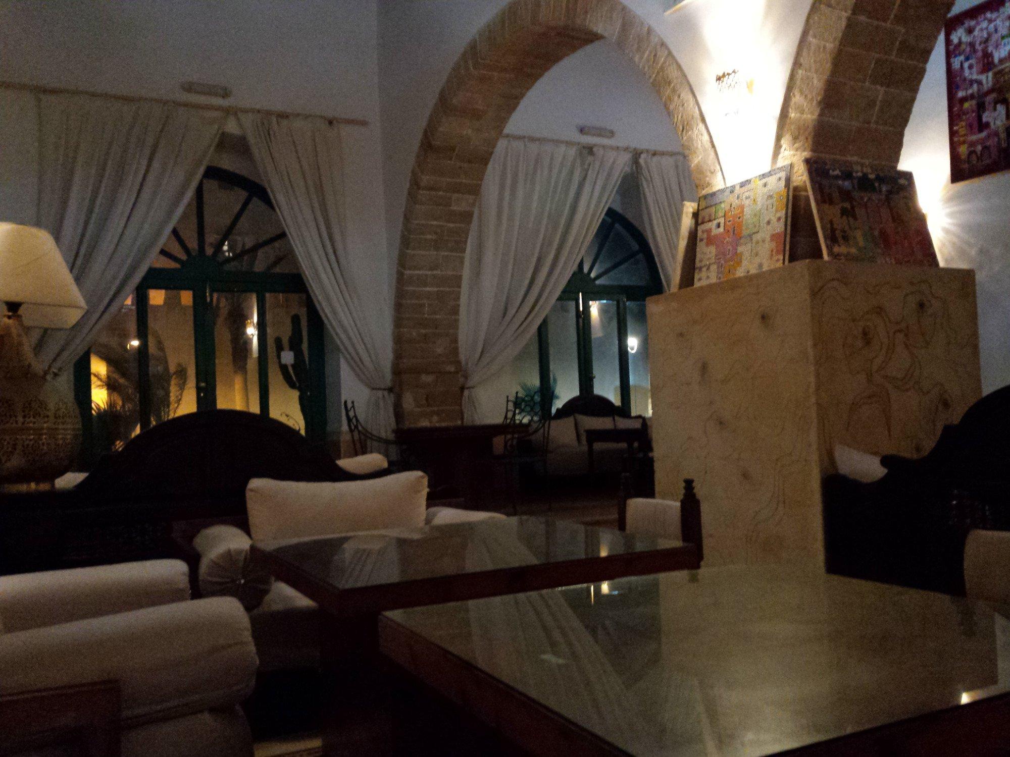 德蒙娜帕拉茲酒店
