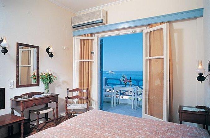 卡馬裏海灘酒店