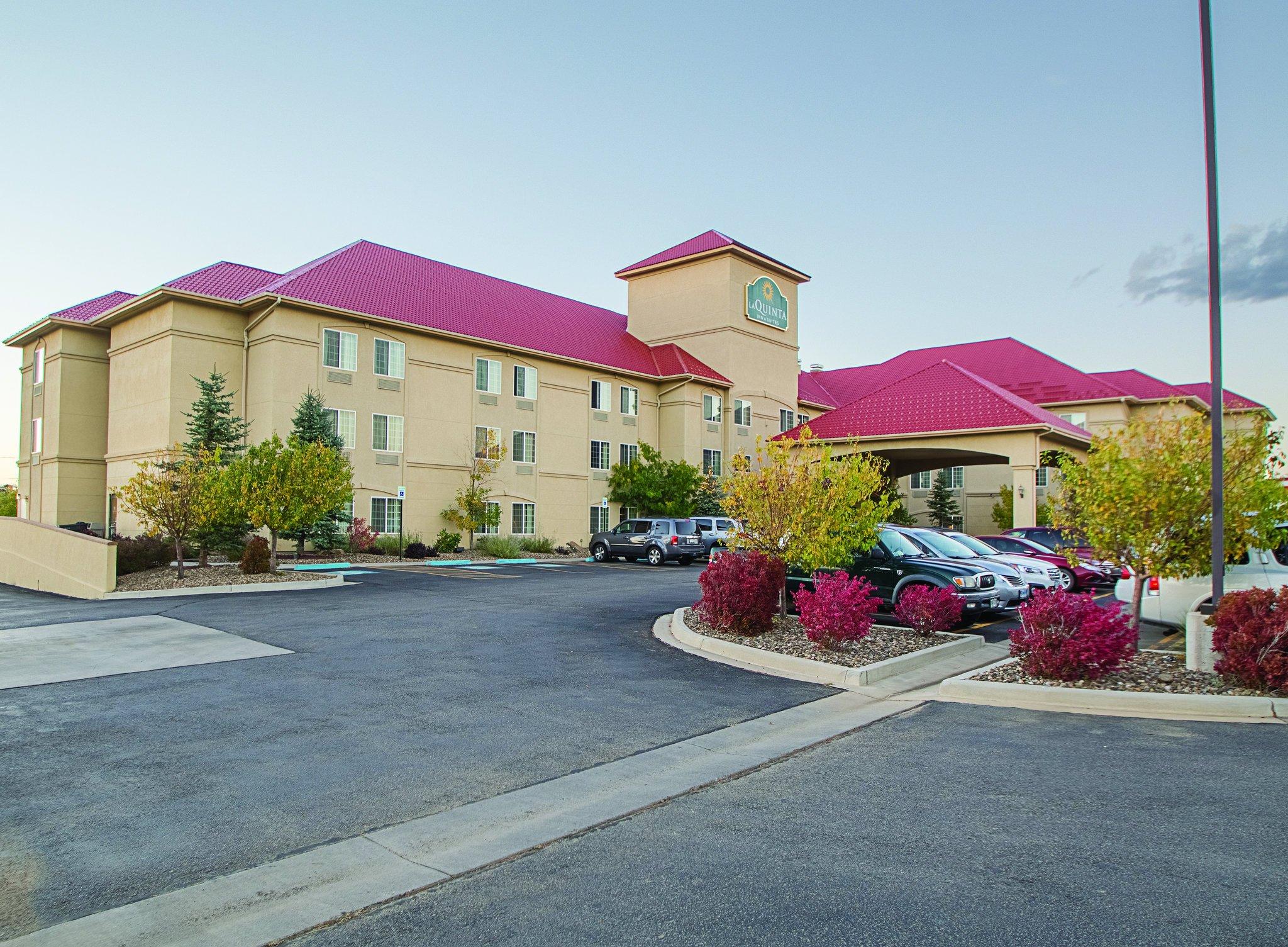 千里達拉金塔旅館及套房