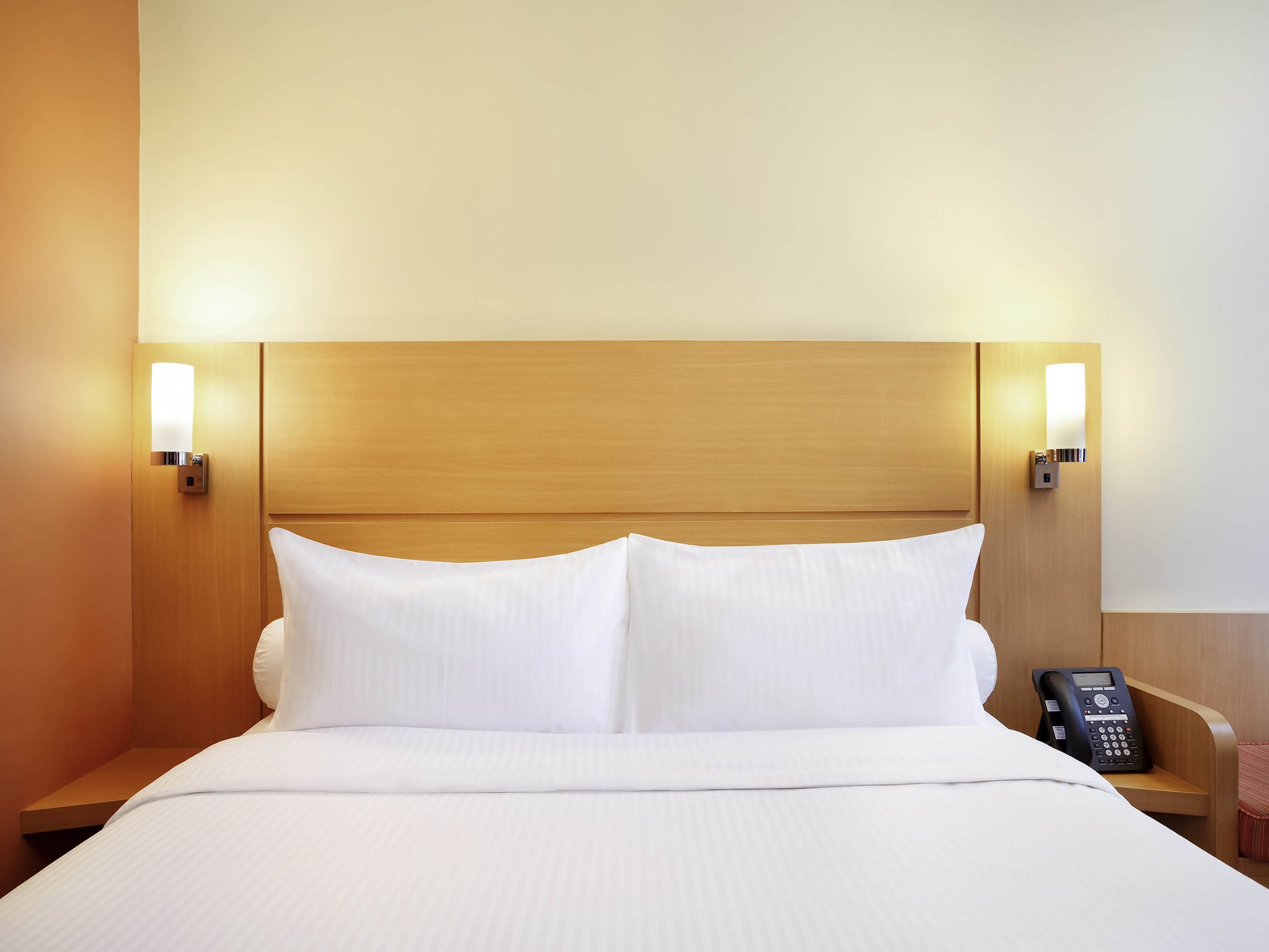 新加坡諾維娜宜必思酒店