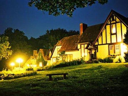 Hillbrook Inn