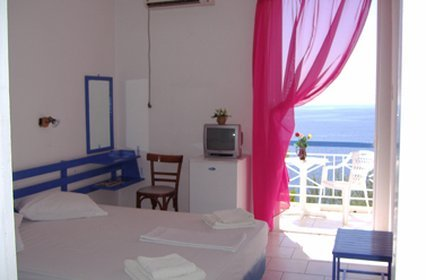 Kavos Bay Seafront Hotel