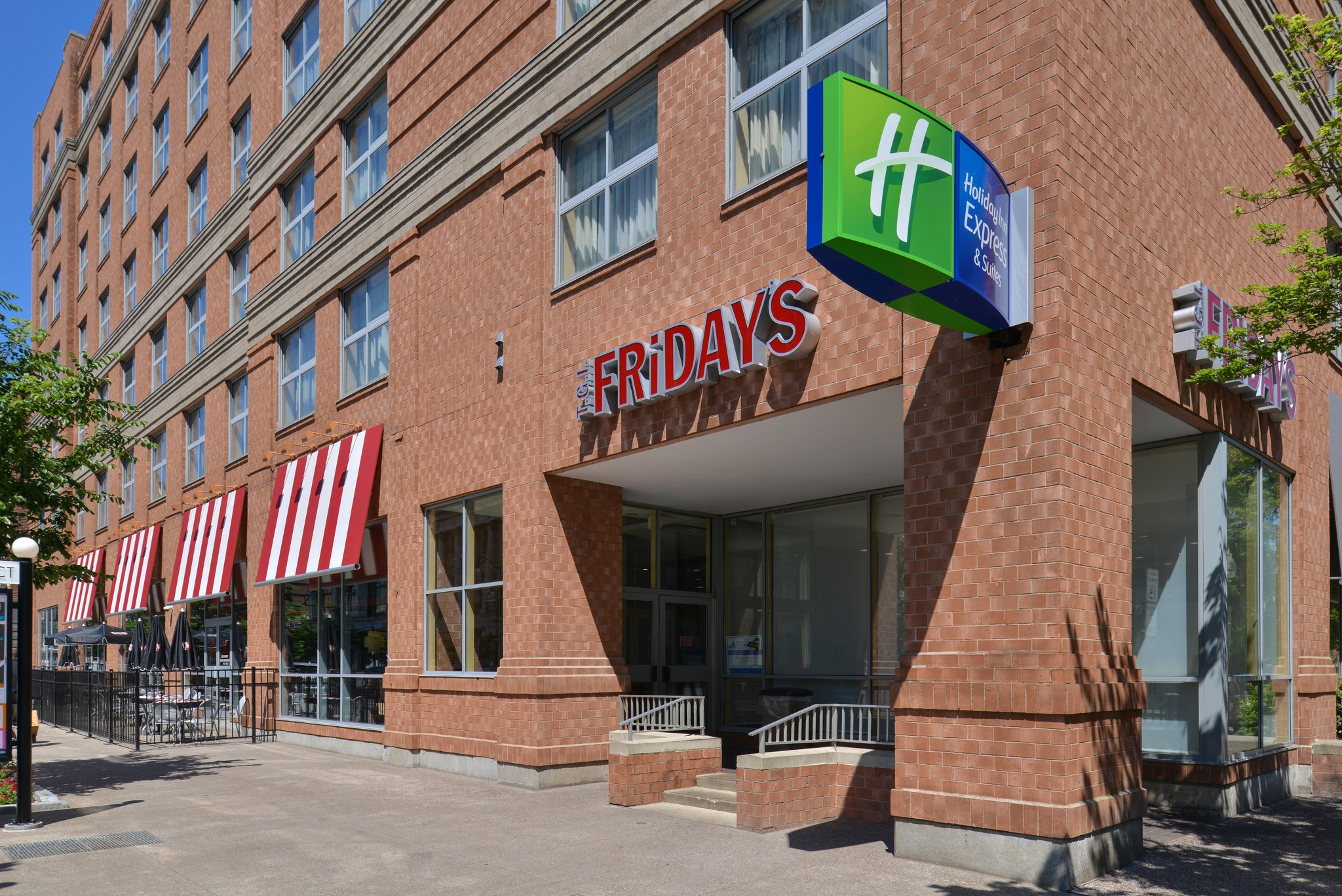 Holiday Inn Express & Suites Downtown Buffalo