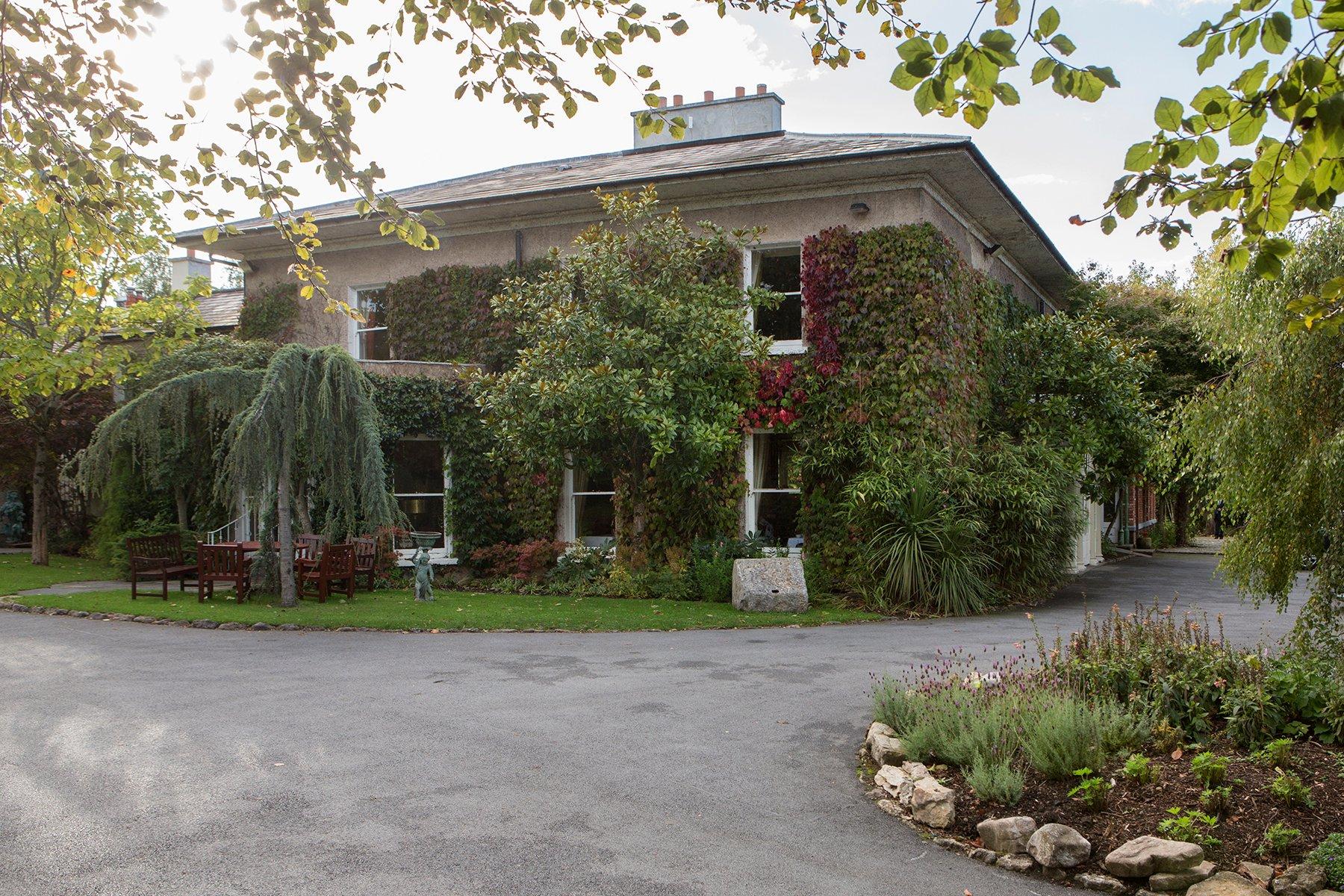 Raheen House Hotel