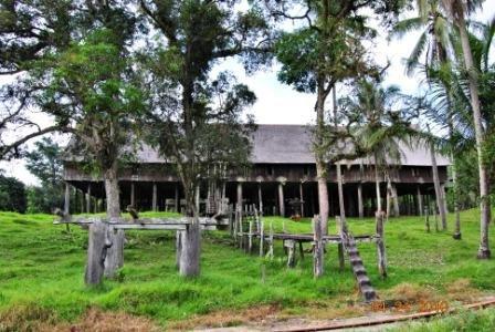 Rumah Betang Tumbang Gagu