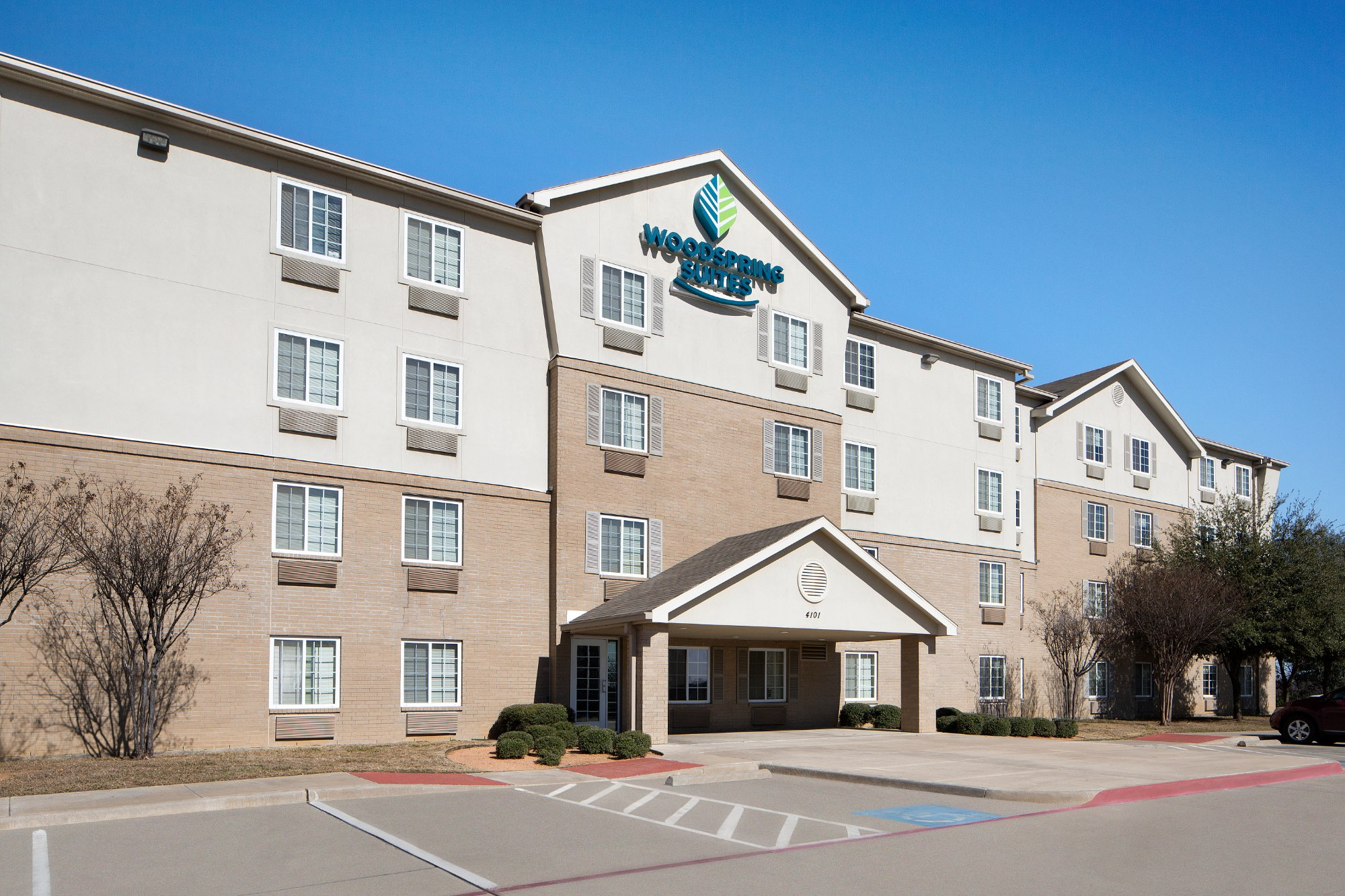 WoodSpring Suites Fort Worth Forest Hill