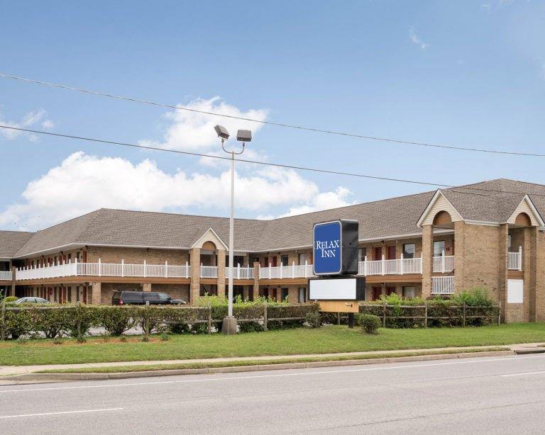 Relax Inn Portsmouth VA