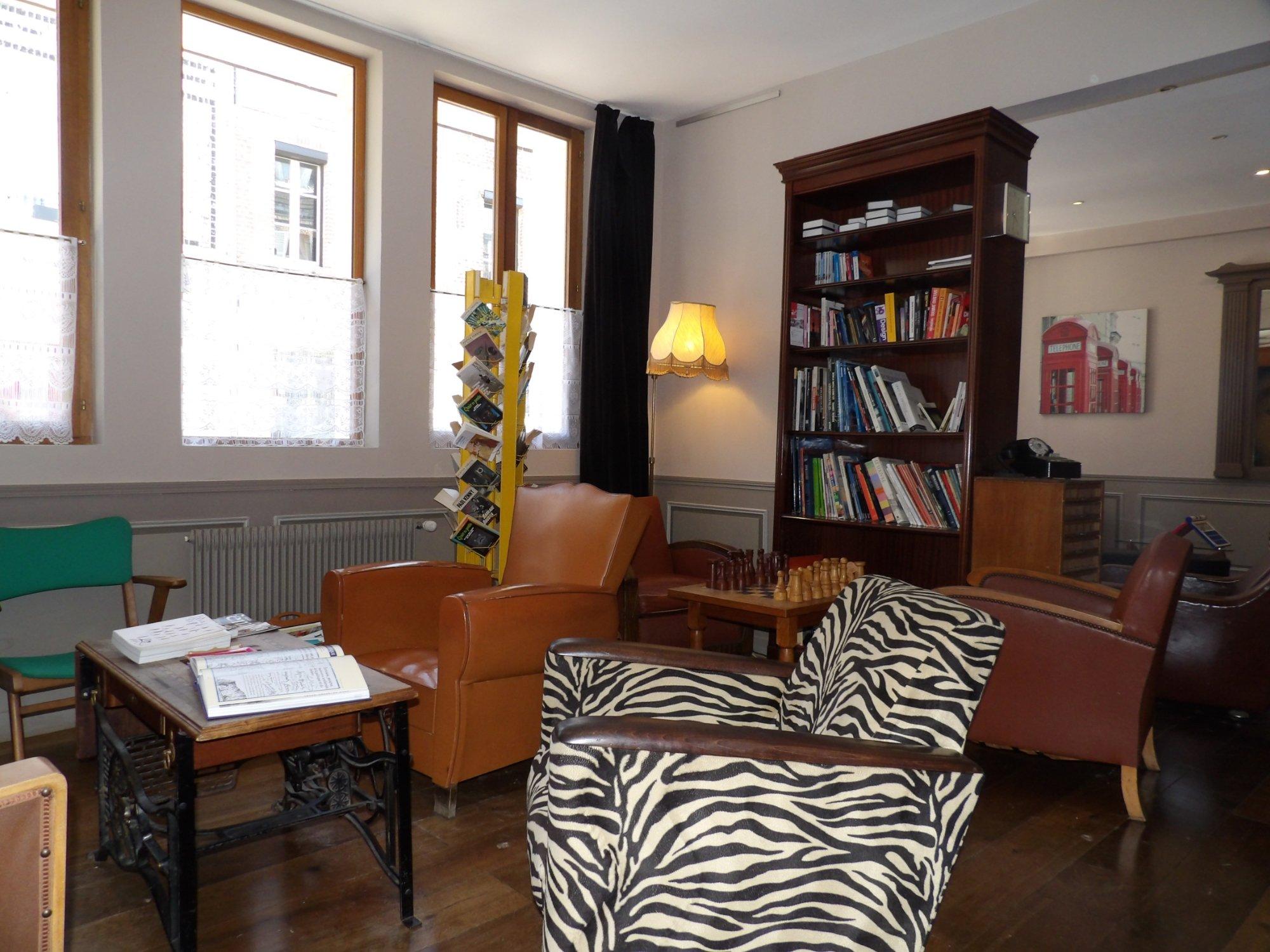 Detective hotel etretat france voir les tarifs 334 avis et 221 photos - Etretat hotel detective ...