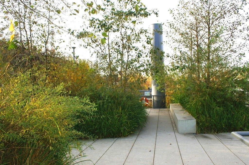 Jardin flottant niki de saint phalle jardin for Jardin flottant