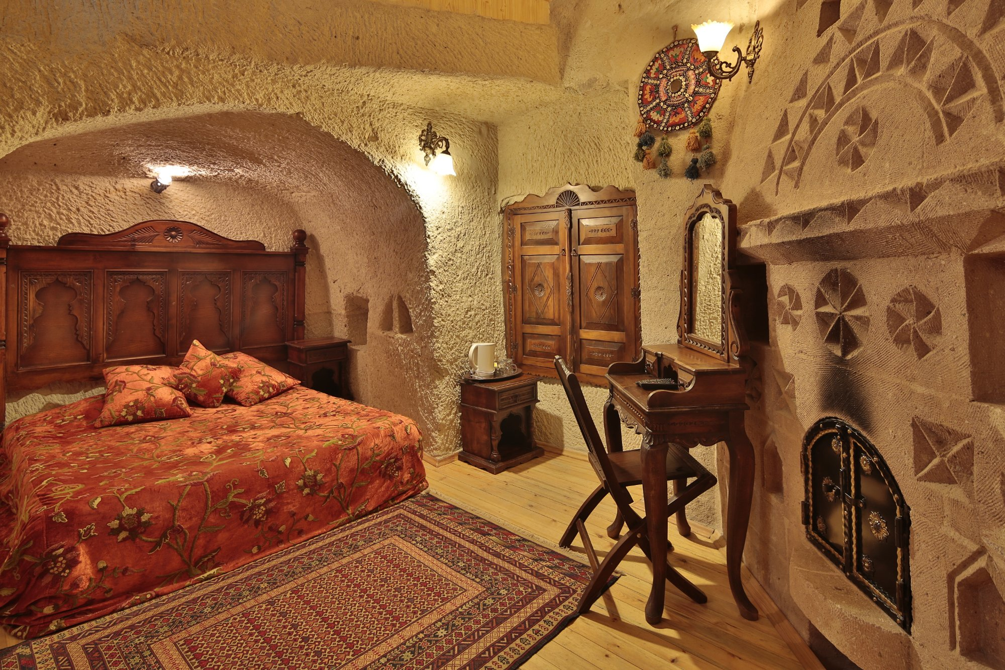 Travel Inn Cave Hotel