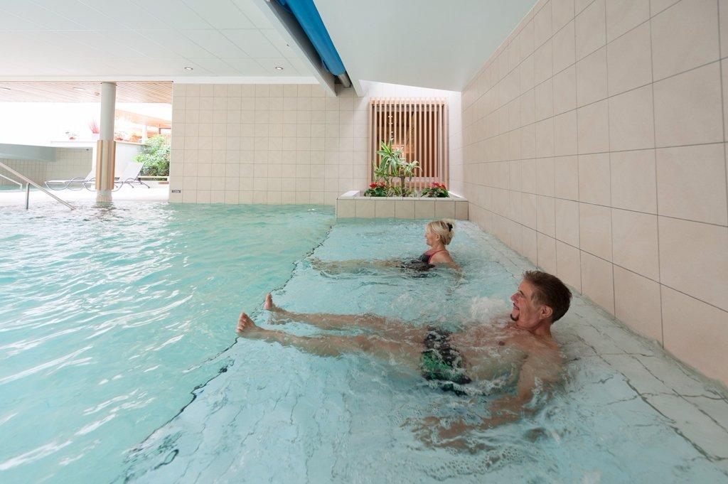 Centre spa des lauzes aigueblanche 2018 ce qu 39 il for Aigueblanche piscine