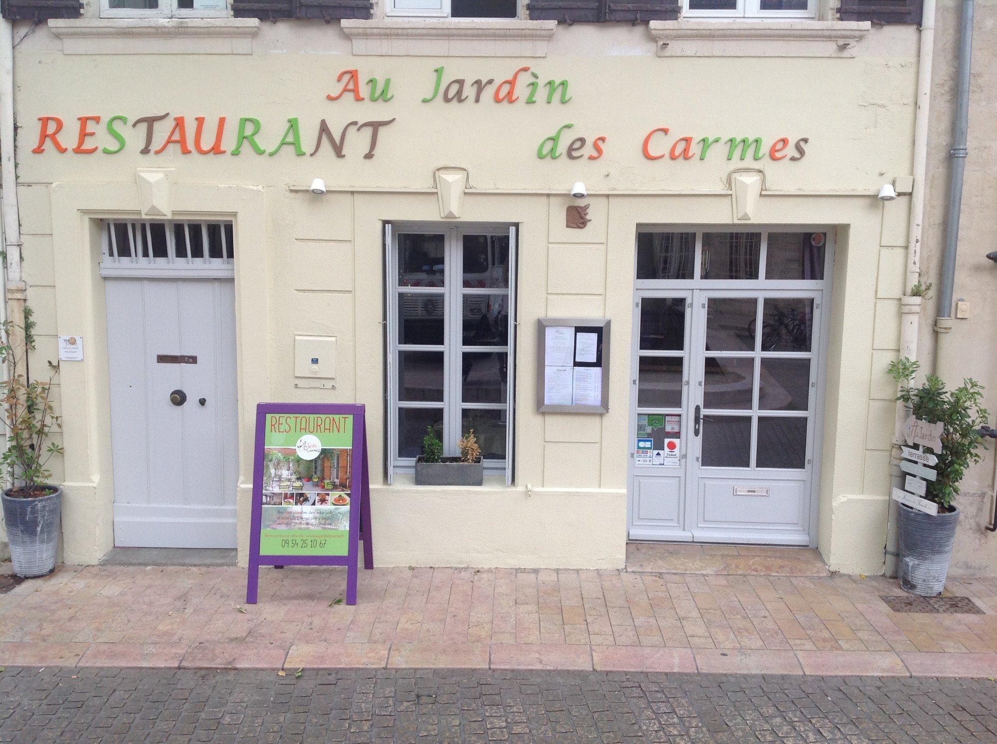 Au jardin des carmes avignon restaurant avis num ro de for Au jardin review