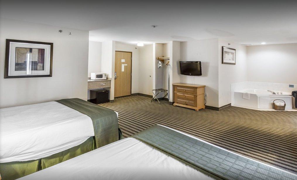 American Inn And Suites Prices Hotel Reviews Peosta Iowa Tripadvisor