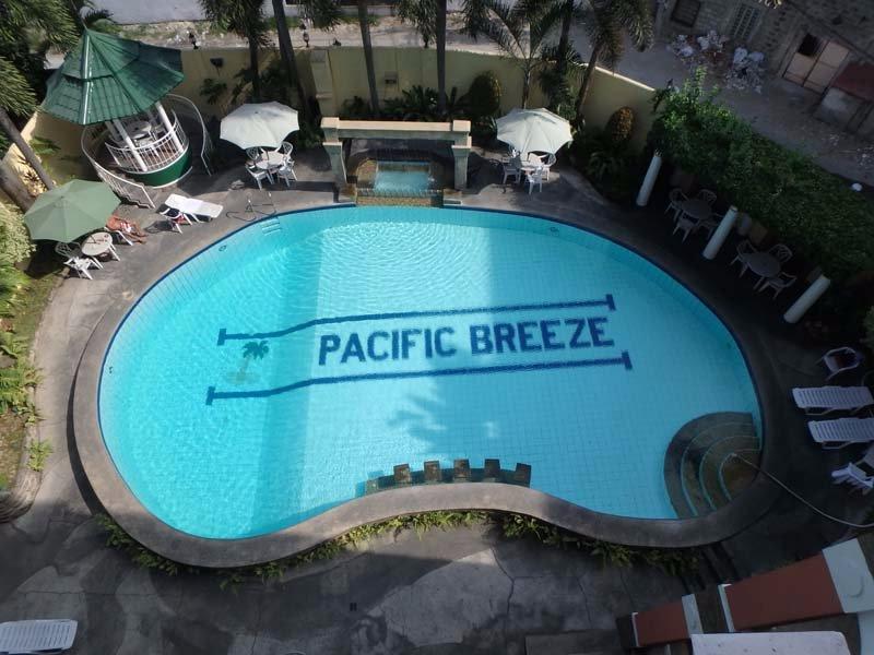 Pacific Breeze Hotel & Resort