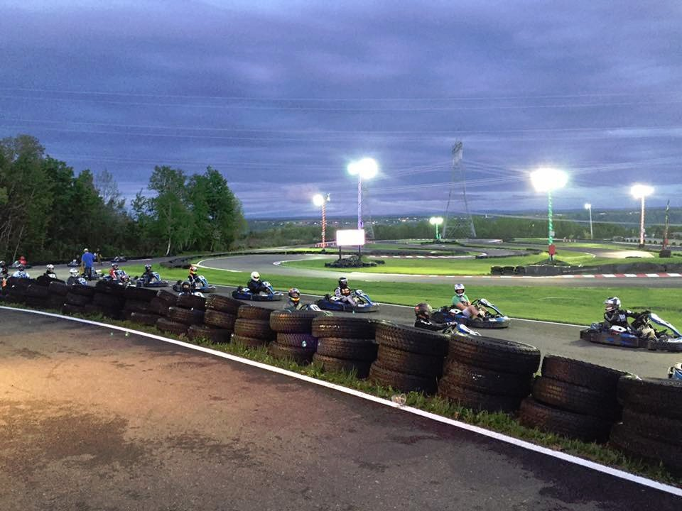 Kcr karting chateau richer quebec top tips before you for Go kart interieur quebec