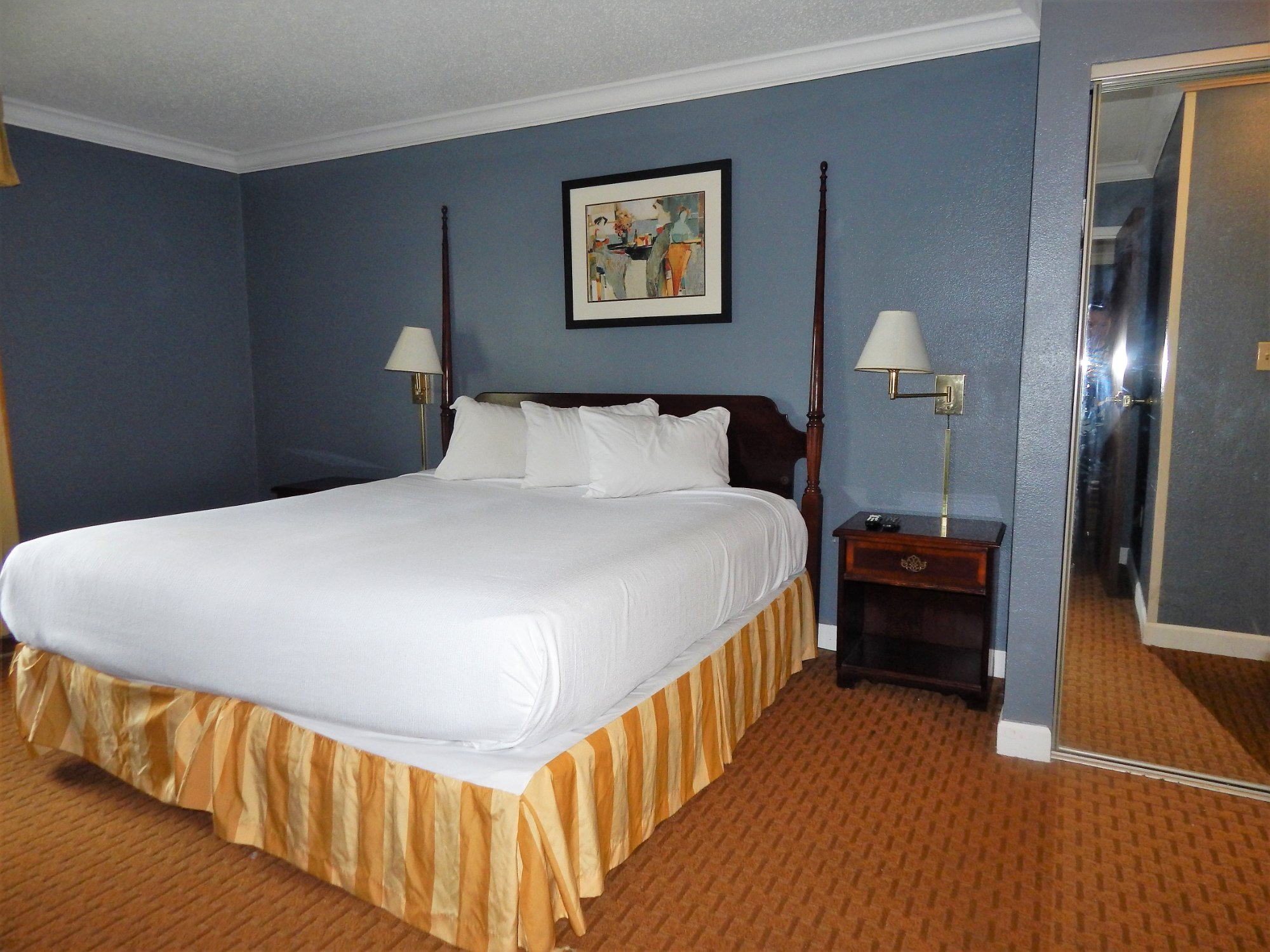 The Richmond Suites Hotel