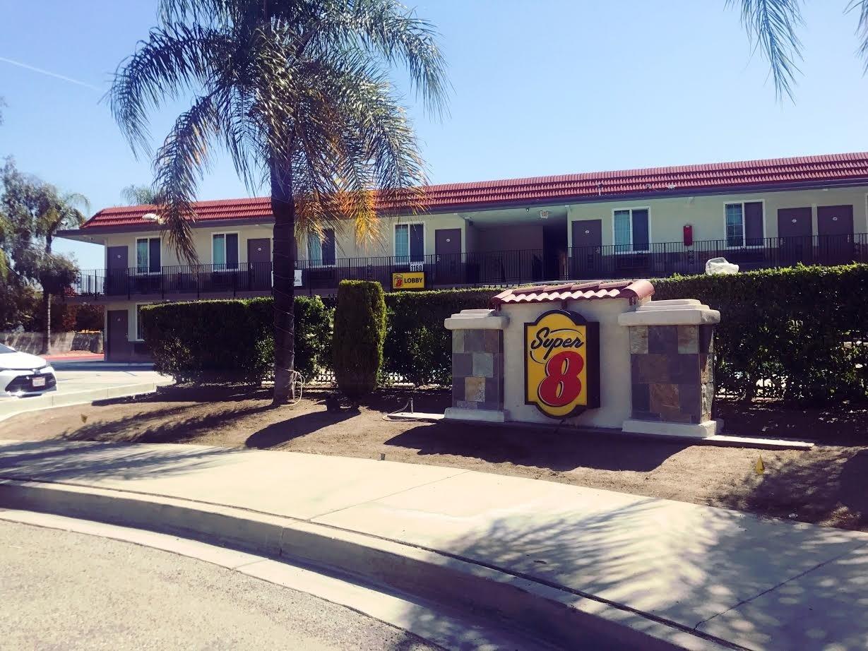 Super 8 Redlands/San Bernardino