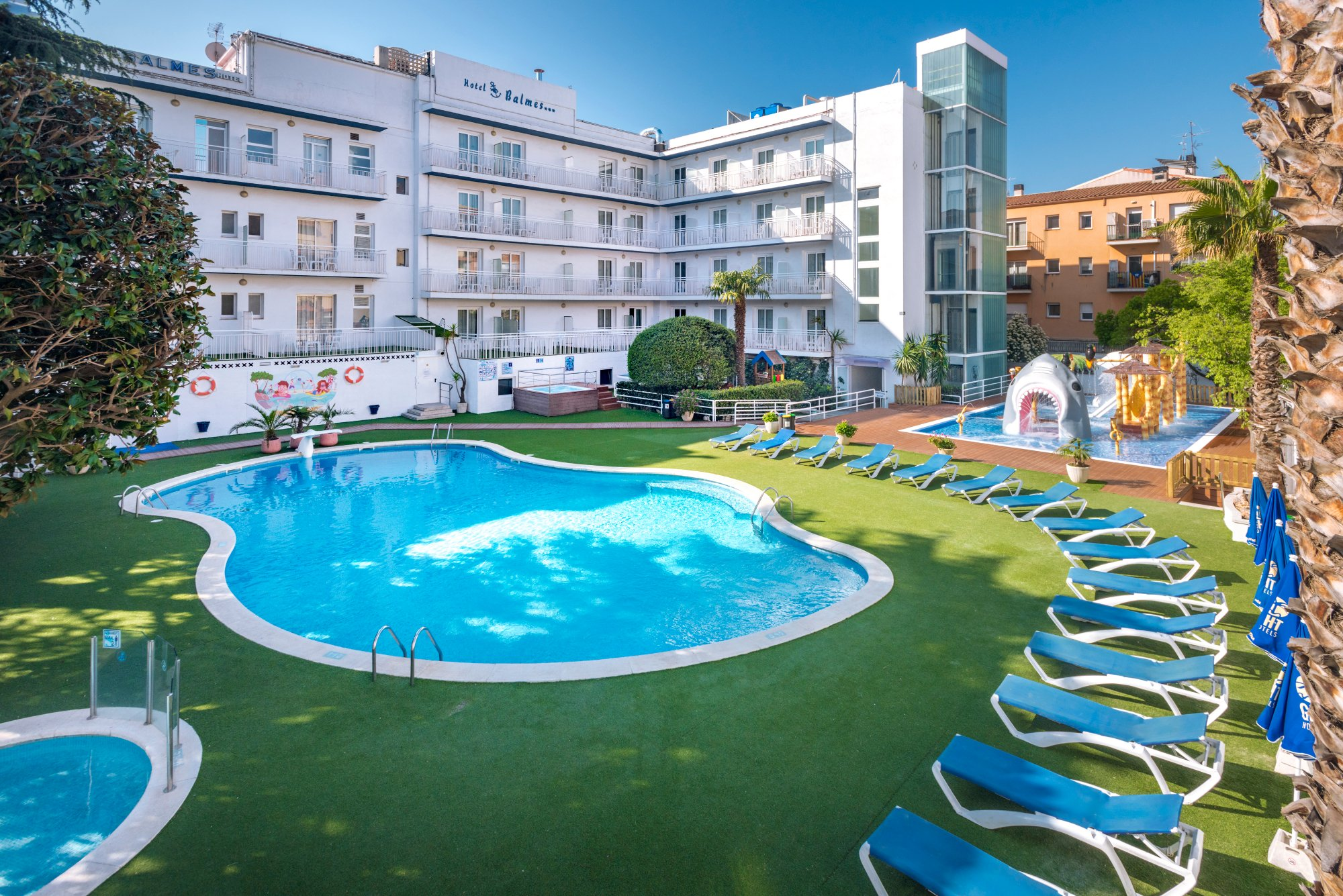 Hotel GHT Balmes & Apartments