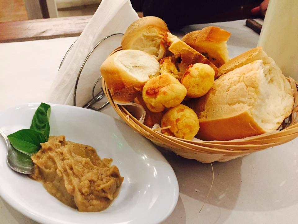 Las argibay villa l a fotos n mero de tel fono y for Acadiana cafe cajun cuisine san antonio tx