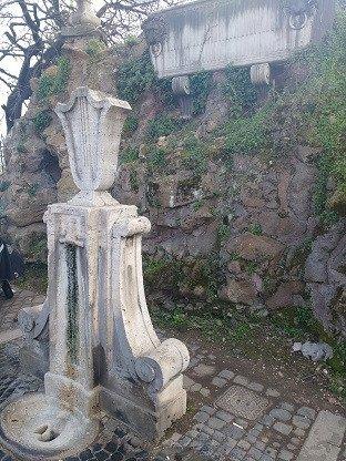 Fontana alla Quercia del Tasso