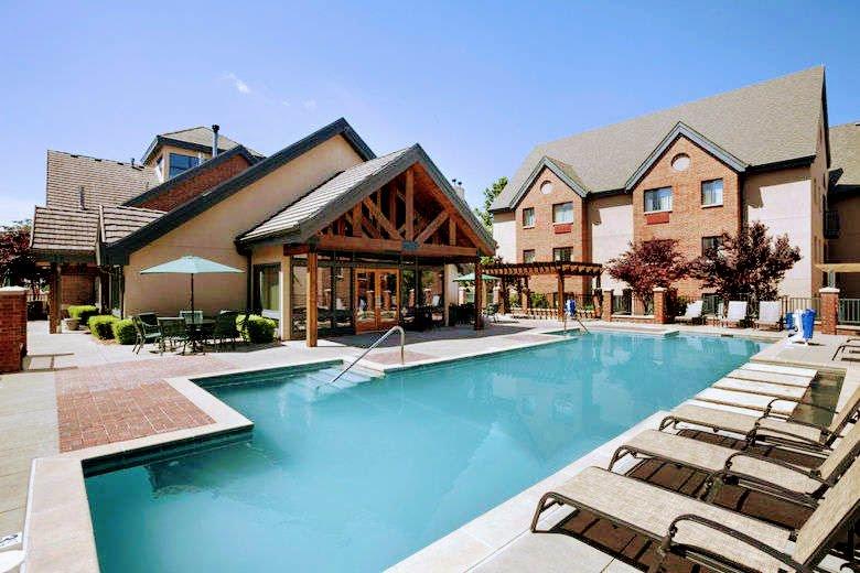 Hawthorn Suites by Wyndham Overland Park