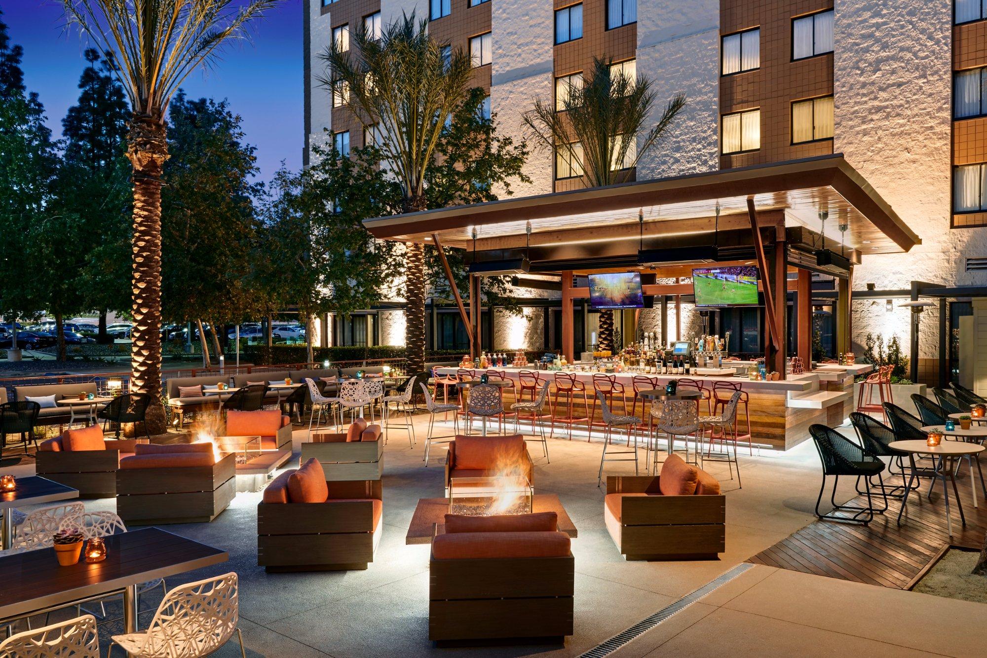 The 10 Best Restaurants Near Los Angeles Marriott Burbank Airport