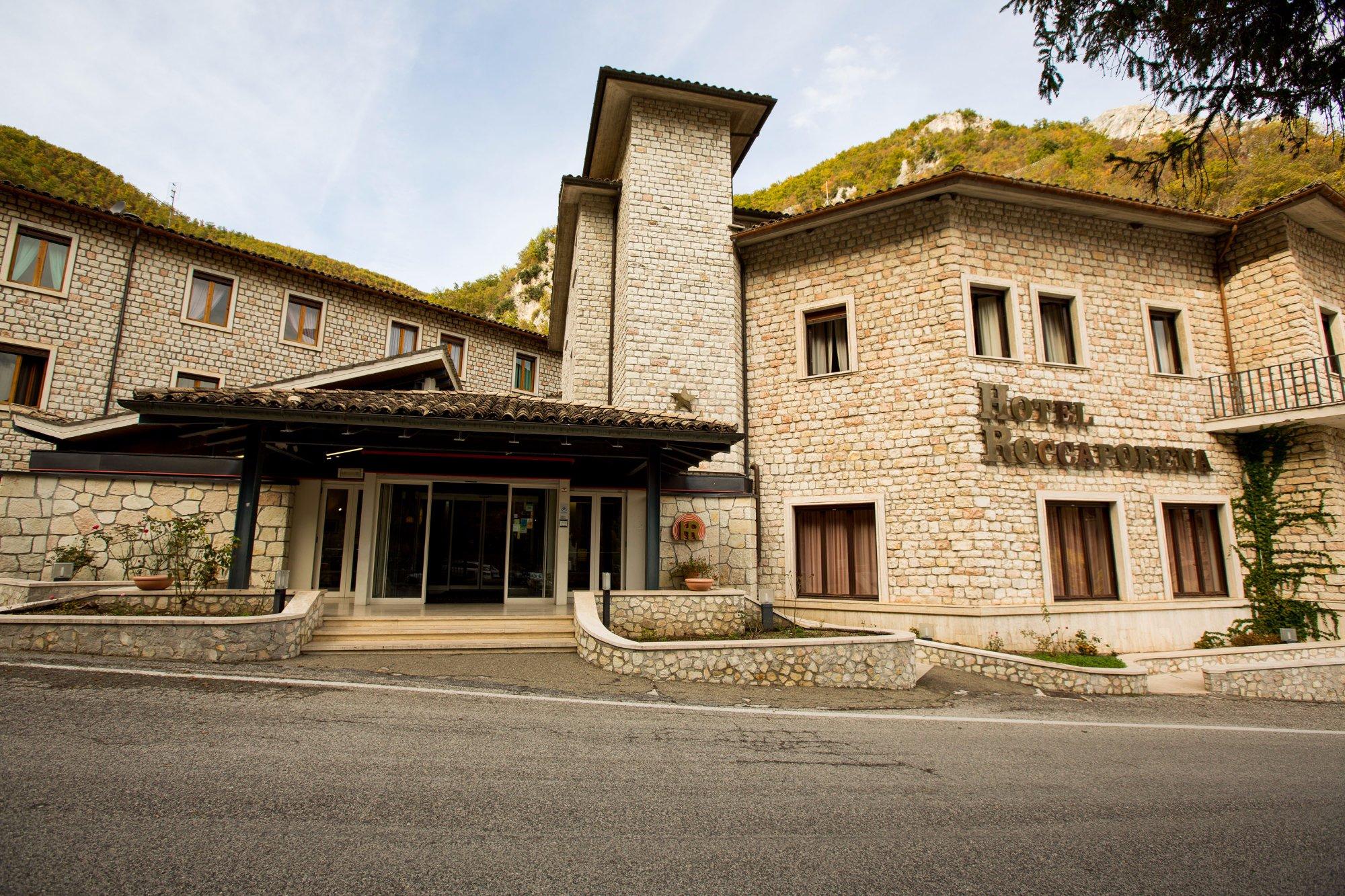 洛卡波雷娜酒店
