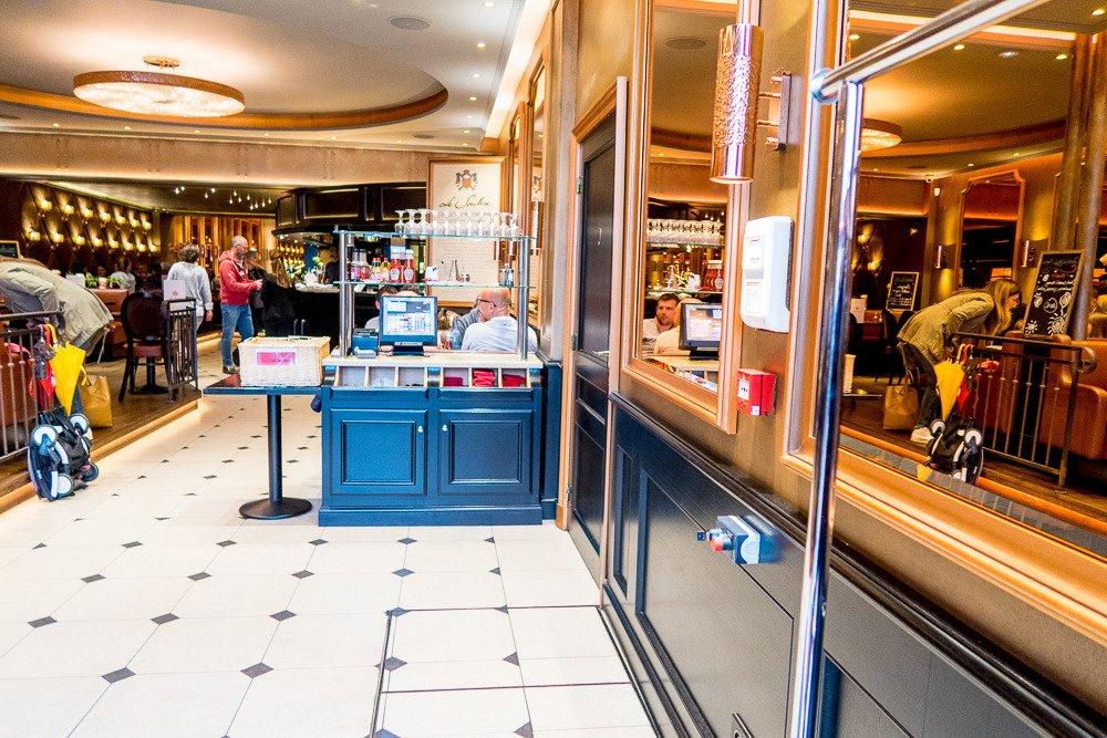 Le Soubise, Saint-Germain-en-Laye - Restaurant Avis, Numéro de ...