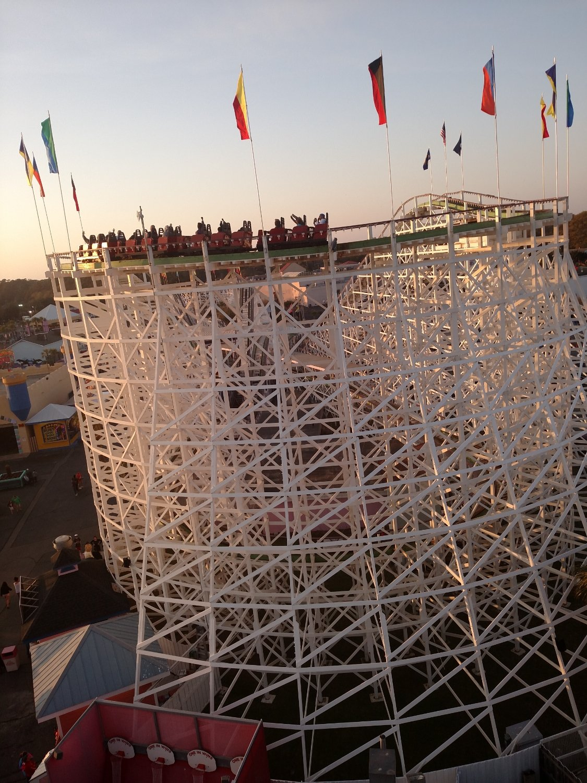 Family Kingdom-roller coaster
