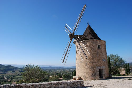 What to do and see in Saint-Saturnin-les-Apt, France: The Best Places and Tips