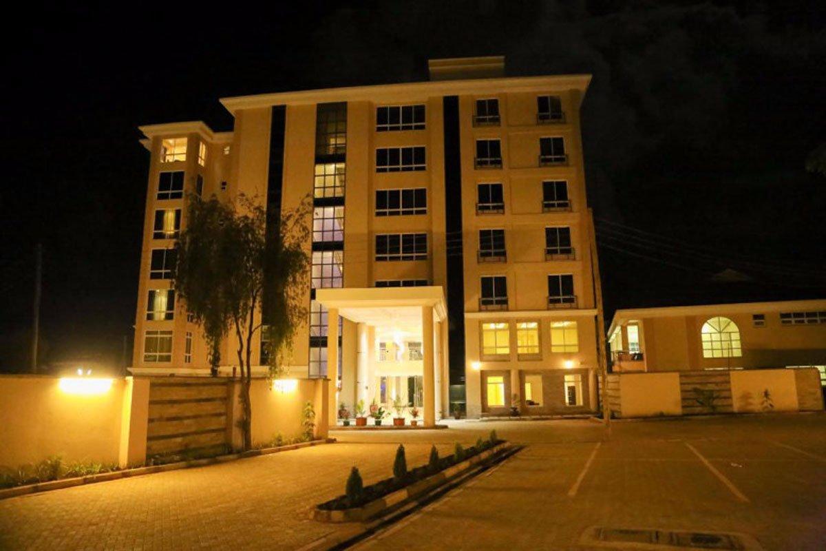 Meru Three Steers Hotel