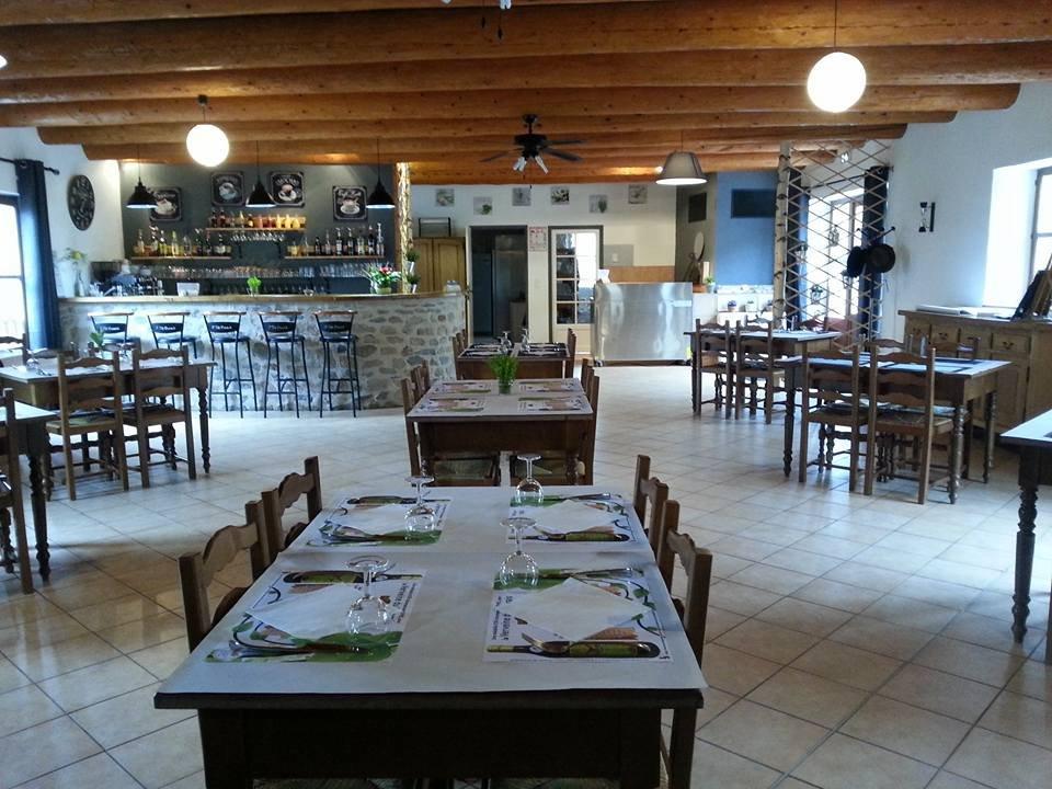 la cle des chs la chaise dieu restaurant reviews phone number photos tripadvisor