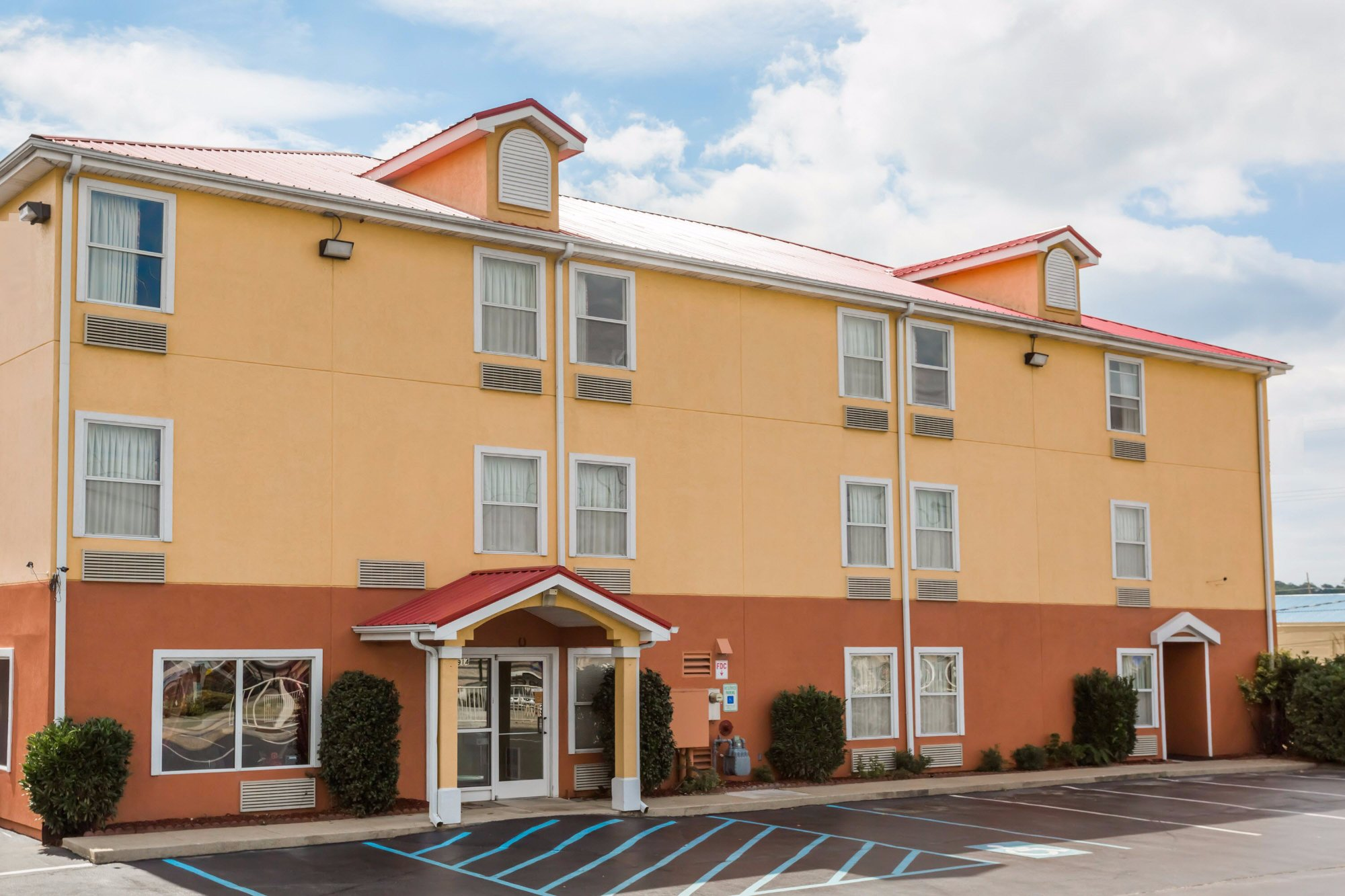 SureStay Plus Hotel Chattanooga Hamilton Place