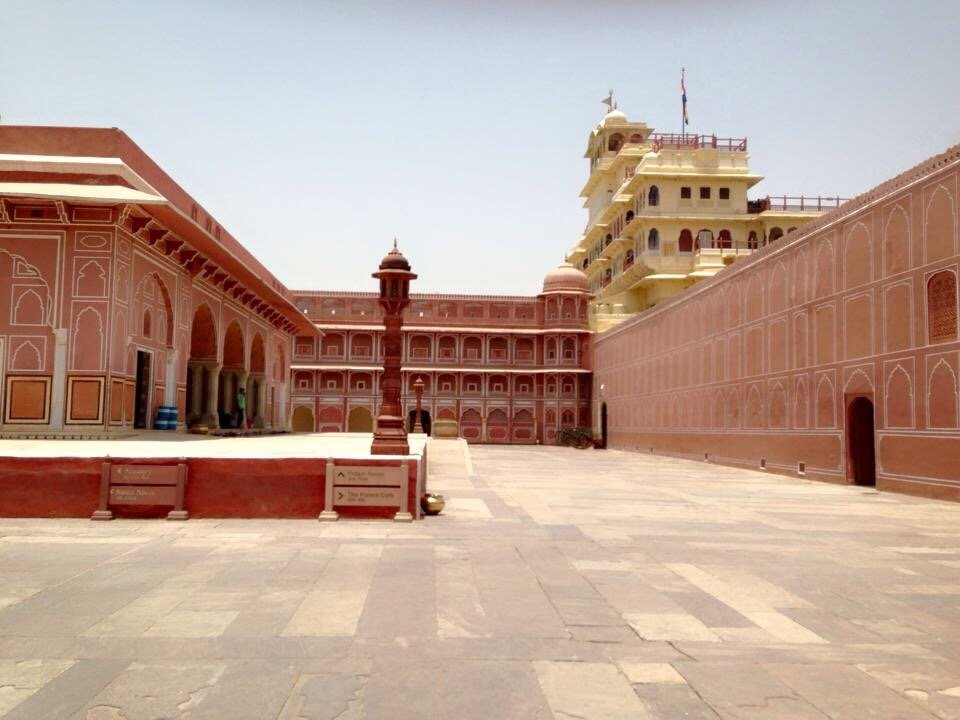 Pink city palace jaipur india hotel reviews photos for F salon jaipur prices