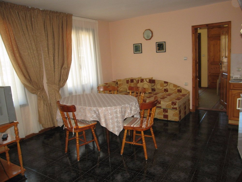 Sozopolis guest house sozopol recenze a srovn n cen for Living room c o maidstone