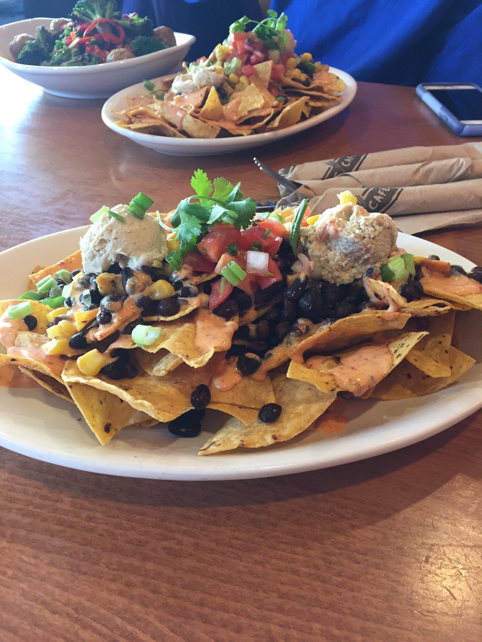 Lavender Lemonade and Native Foods nachos are very very good!!