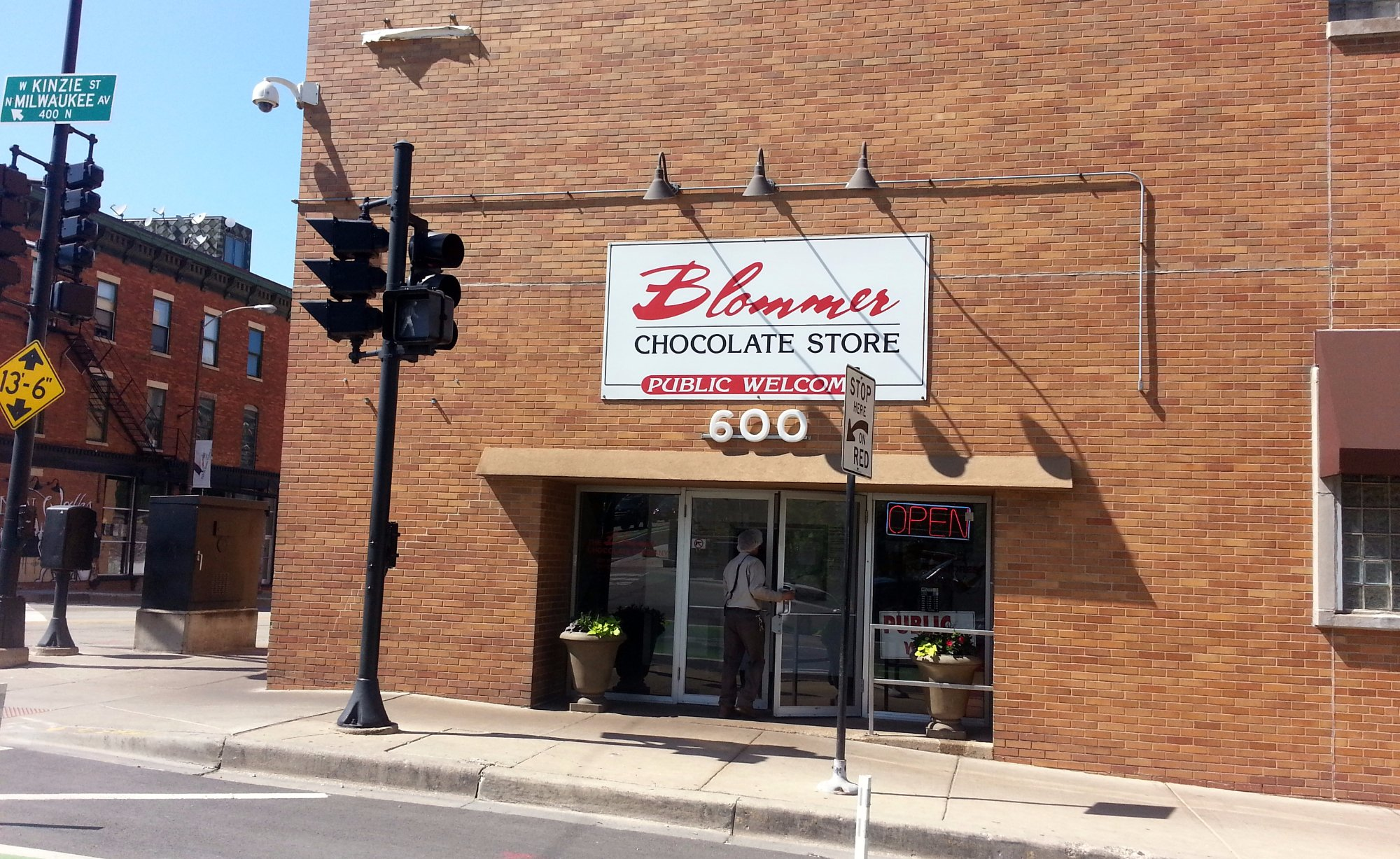 Blommer Chocolate Store, Chicago - West Loop - Restaurant Reviews ...