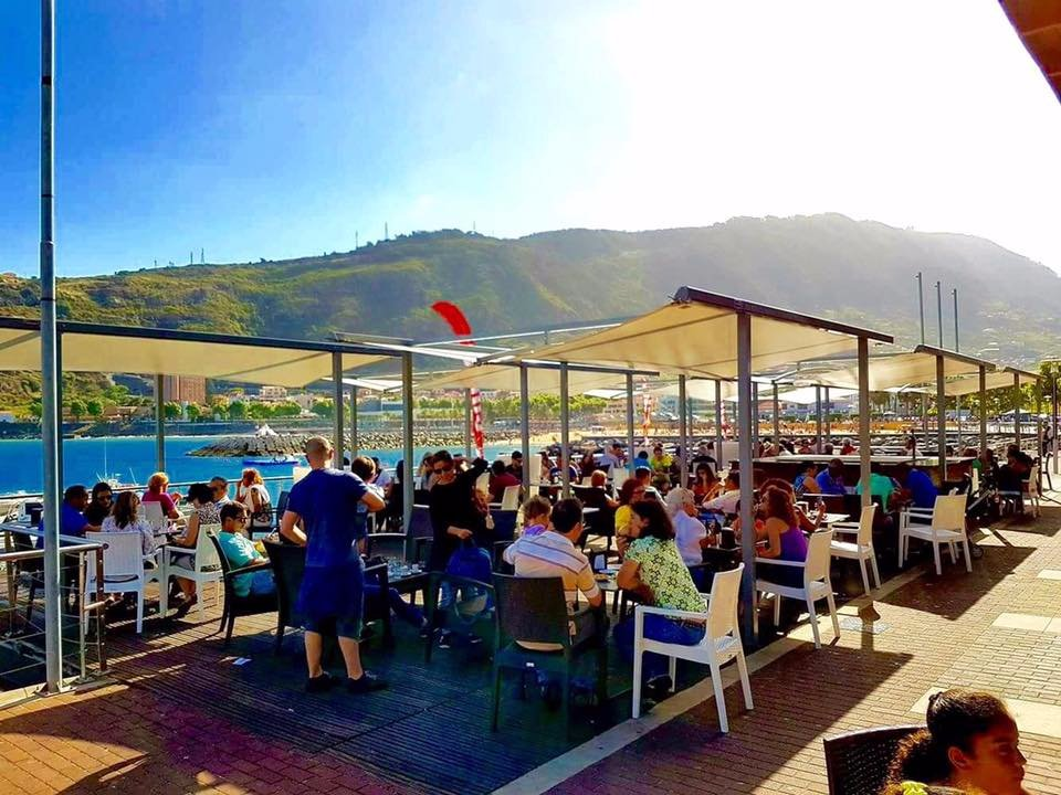 Where to eat Cafe food in Machico: The Best Restaurants and Bars