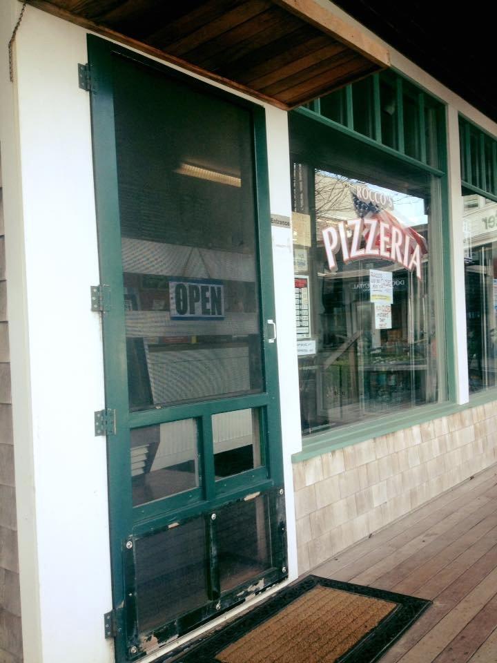 Massachusetts, United States Food Guide: 4 Pizza food Must-Eat Restaurants & Street Food Stalls in Vineyard Haven
