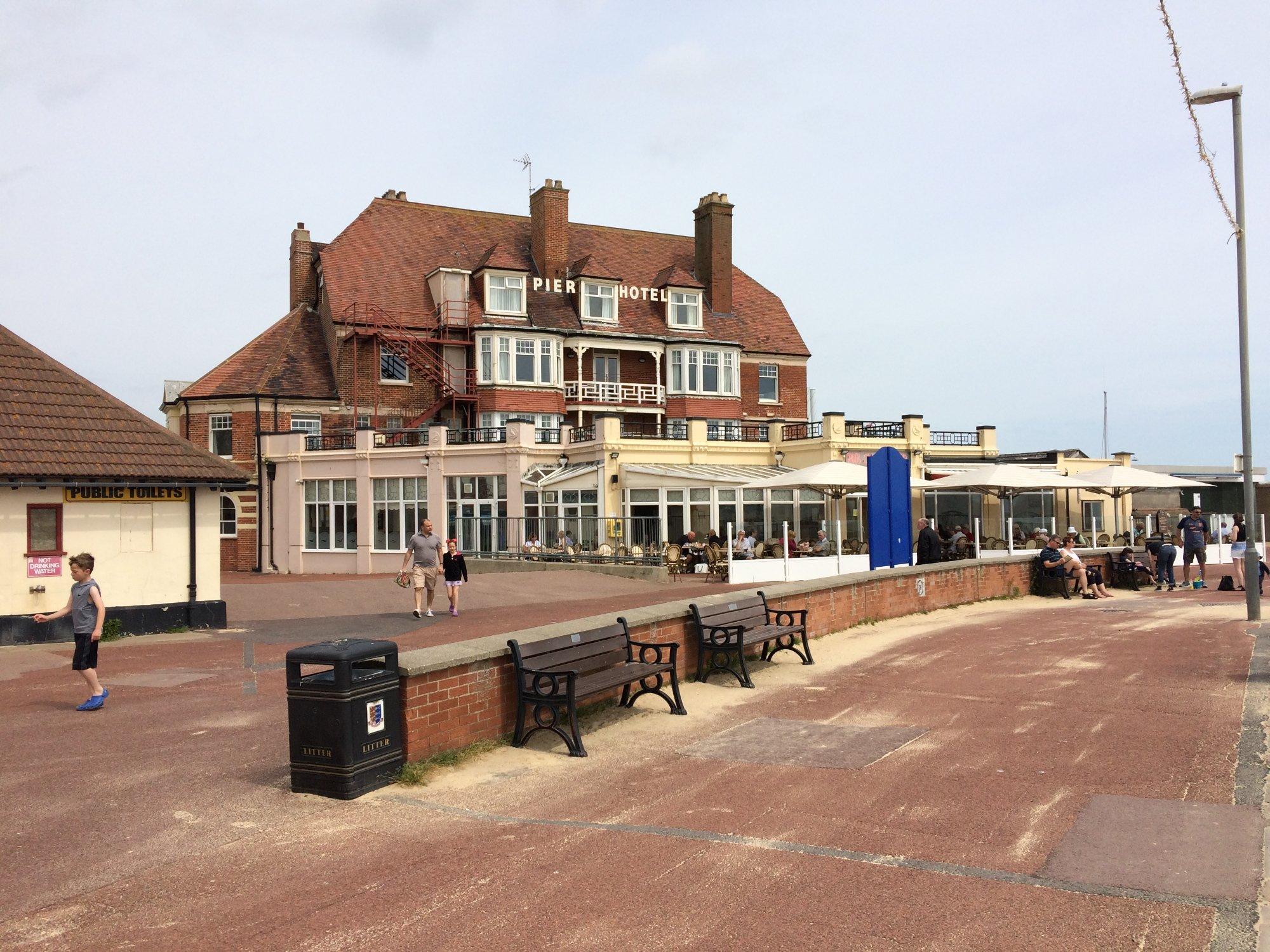 Pub on the Pier