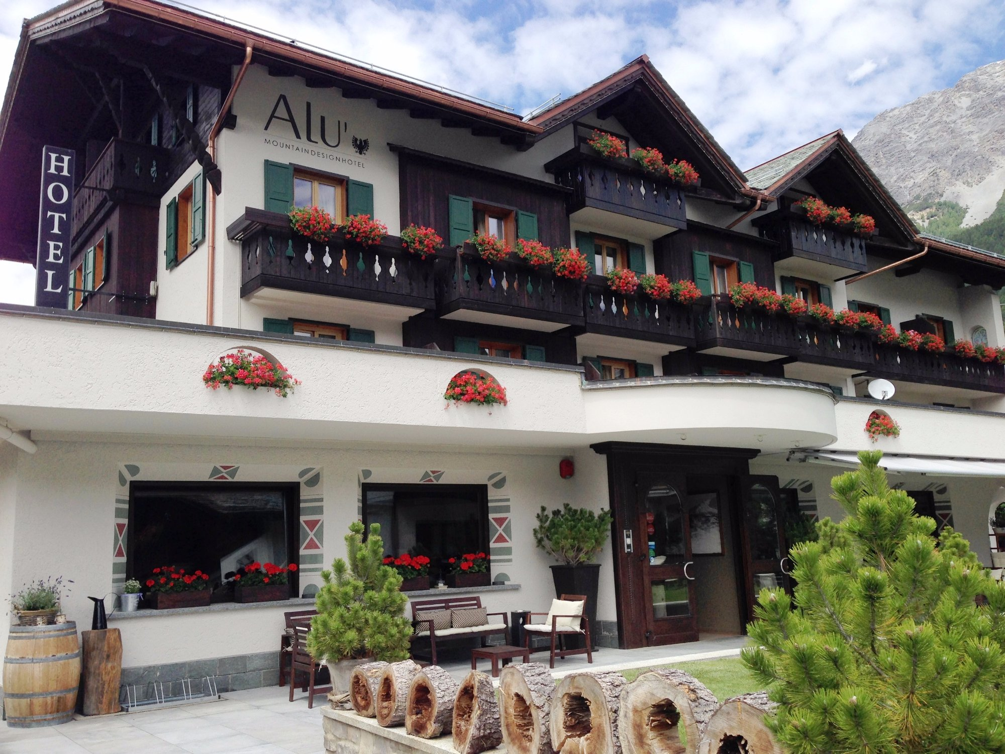 Hotel alu updated 2017 reviews price comparison for Hotel meuble bormio