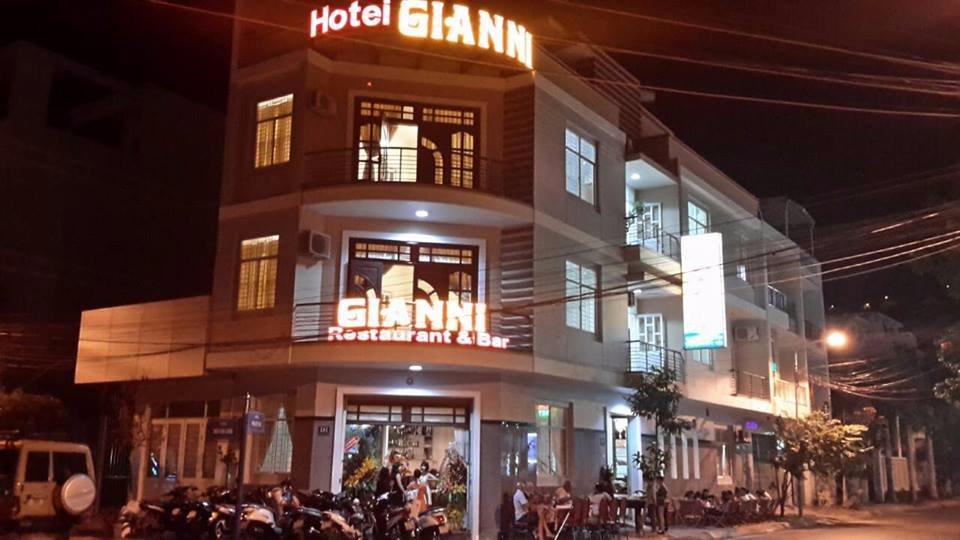 Gianni Hotel