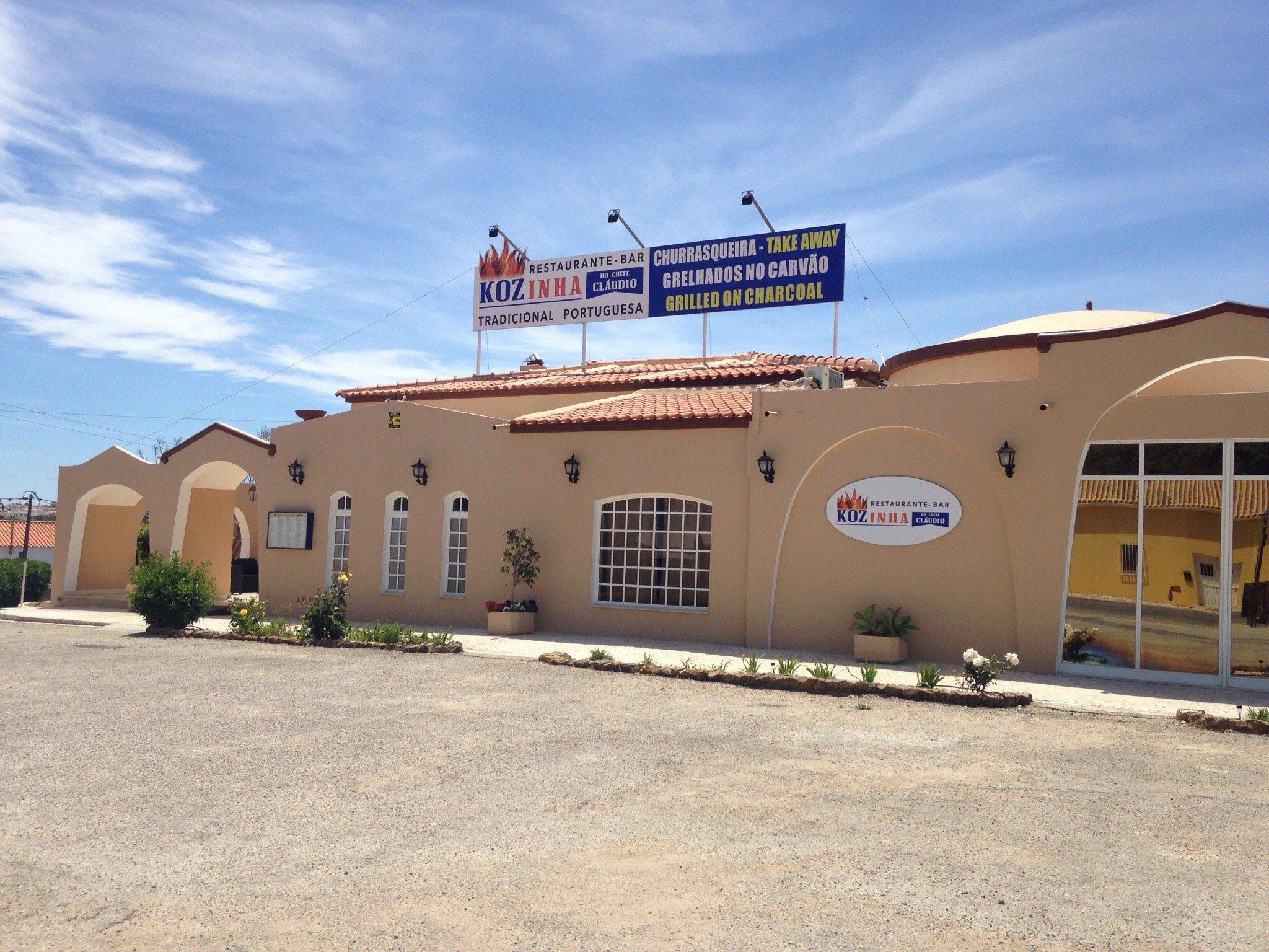 The 10 Best Restaurants Near Jardins Vale de Parra  TripAdvisor